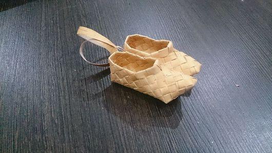 Миниатюрные модели ручной работы. Ярмарка Мастеров - ручная работа. Купить Босички. Handmade. Плетение из бересты, береста