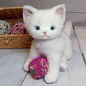 Игрушка из нат меха котенок Люся