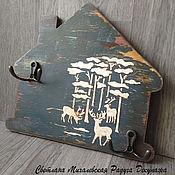 Для дома и интерьера ручной работы. Ярмарка Мастеров - ручная работа настенная вешалка ключница Дом хранение ключей декупаж. Handmade.