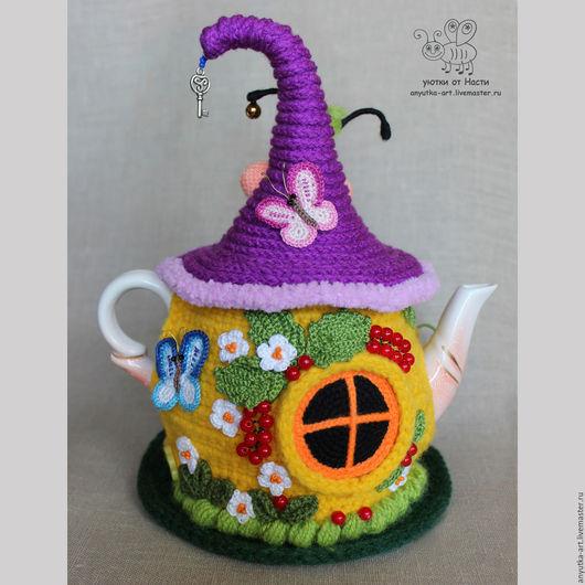 """Кухня ручной работы. Ярмарка Мастеров - ручная работа. Купить Грелка на чайник """"Под кустом смородины"""" (с чайником). Handmade."""