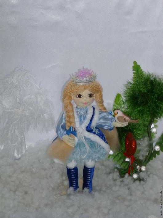 Коллекционные куклы ручной работы. Ярмарка Мастеров - ручная работа. Купить Вязаная куколка крючком Снегурочка. Handmade. Комбинированный