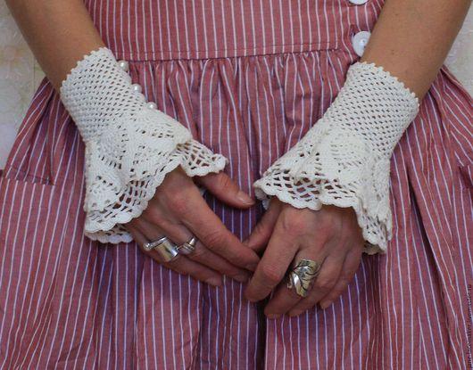 Варежки, митенки, перчатки ручной работы. Ярмарка Мастеров - ручная работа. Купить Манжеты. Handmade. Белый, бохо украшения