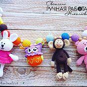 Куклы и игрушки ручной работы. Ярмарка Мастеров - ручная работа Растяжка на кроватку со зверушками. Handmade.