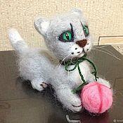 Куклы и игрушки ручной работы. Ярмарка Мастеров - ручная работа Котенок из шерсти. Handmade.