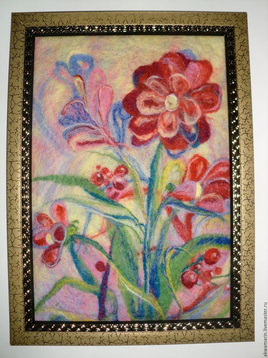 """Картины цветов ручной работы. Ярмарка Мастеров - ручная работа. Купить Картина-панно  в раме """"Ягодки-цветочки"""" валяние по-мокрому. Handmade."""