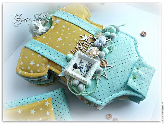 """Фотоальбомы ручной работы. Ярмарка Мастеров - ручная работа. Купить Альбом """"маленький принц"""". Handmade. Голубой, фотоальбом, новорожденному, бодик"""