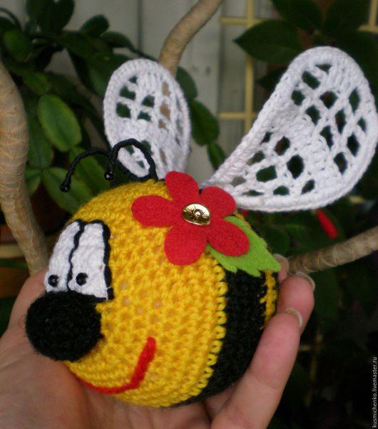 Игрушки животные, ручной работы. Ярмарка Мастеров - ручная работа. Купить Веселая пчелка. Handmade. Комбинированный, детская пряжа