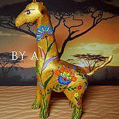 Для дома и интерьера ручной работы. Ярмарка Мастеров - ручная работа Статуэтка фигурка жираф цветочный принт сафари. Handmade.