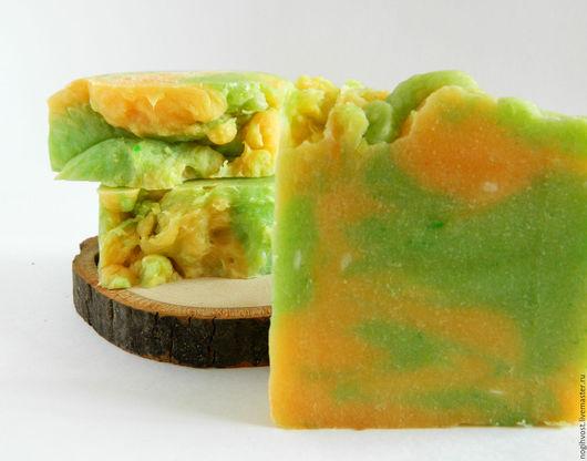 """Мыло ручной работы. Ярмарка Мастеров - ручная работа. Купить """"Манго"""" мыло с нуля. Handmade. Зеленый желтый, купить подарок"""