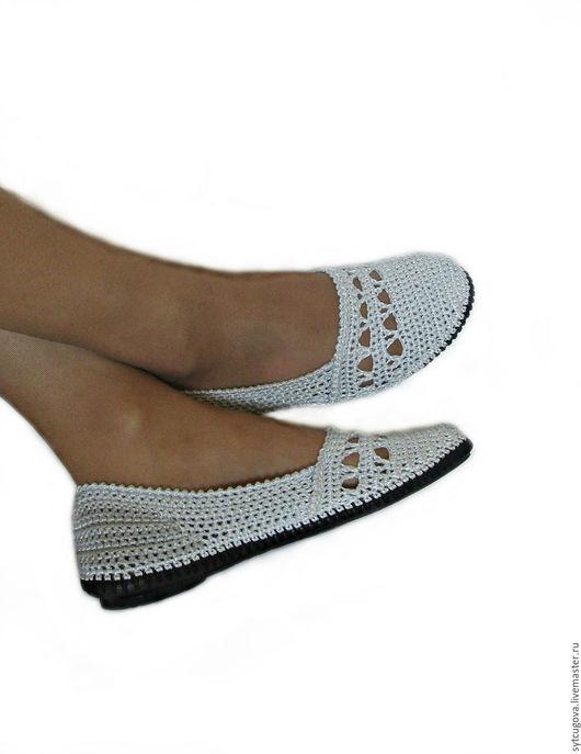 Вязаная обувь. Летняя обувь. Женская обувь. Обувь вязаная. Балетки крючком. Мастер Черевички.