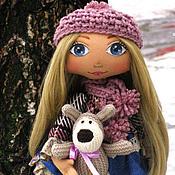 Куклы и игрушки ручной работы. Ярмарка Мастеров - ручная работа Каролина со своим забавным другом. Handmade.