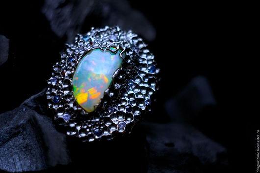 """Кольца ручной работы. Ярмарка Мастеров - ручная работа. Купить Кольцо """"Actias Luna"""" с опалом, сапфирами, танзанитами. Handmade. бриллианты"""