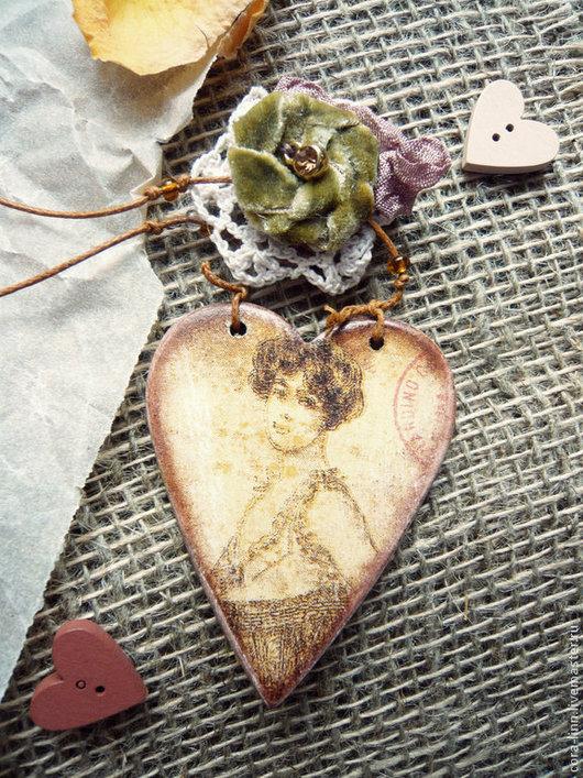 Подвески ручной работы. Ярмарка Мастеров - ручная работа. Купить Декоративная интерьерная подвеска сердце. Handmade. Коричневый, сердце декупаж