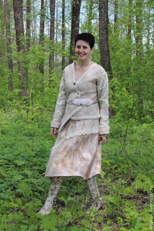 Пиджак и юбка с доставкой