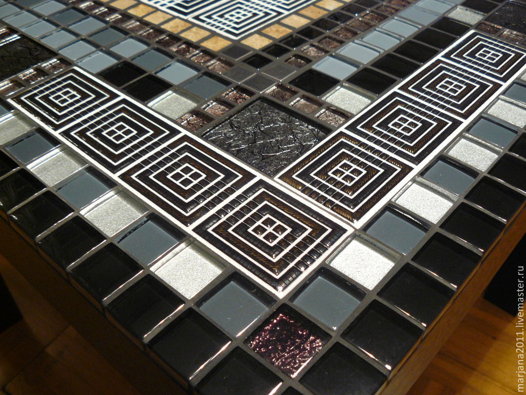 timeless design 09ae8 b3a1e Coffee table with mosaic