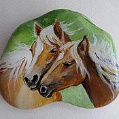 Камни ручной работы. Ярмарка Мастеров - ручная работа Картина на гальке Лошади. Handmade.