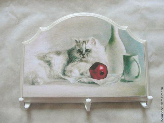 Прихожая ручной работы. Ярмарка Мастеров - ручная работа. Купить Панно-ключница-вешалка Белый кот. Handmade. Панно, ключница