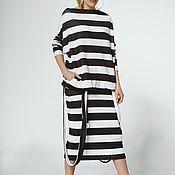 Костюмы ручной работы. Ярмарка Мастеров - ручная работа Трикотажный костюм: юбка карандаш и джемпер оверсайз. Handmade.