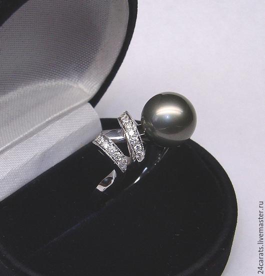Кольца ручной работы. Ярмарка Мастеров - ручная работа. Купить Кольцо из белого золота 585 пробы с жемчугом и бриллиантами. Handmade.