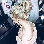 Украшения в прическу ручной работы. Ярмарка Мастеров - ручная работа Украшение для волос Гребешок с розовыми кристаллами Гребень в прическу. Handmade.