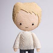 Куклы и игрушки ручной работы. Ярмарка Мастеров - ручная работа Джон Ватсон - кукла ручной работы по мотивам сериала Шерлок BBC. Handmade.