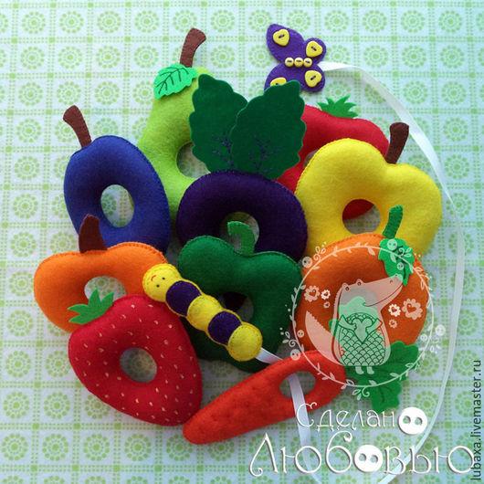 """Развивающие игрушки ручной работы. Ярмарка Мастеров - ручная работа. Купить Развивающая игрушка-шнуровка """"Голодная гусеница"""". Handmade. Разноцветный"""