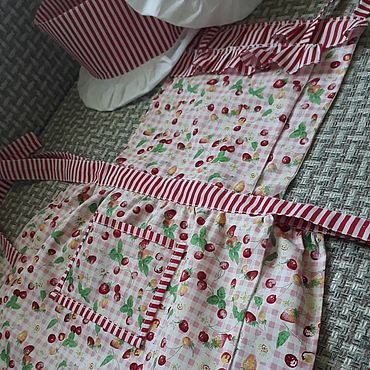 """Текстиль ручной работы. Ярмарка Мастеров - ручная работа Комплект """"Готовим вместе с детками"""". Handmade."""