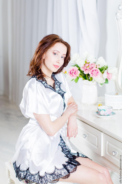 Белые трусики под белым халатиком фото 61-973