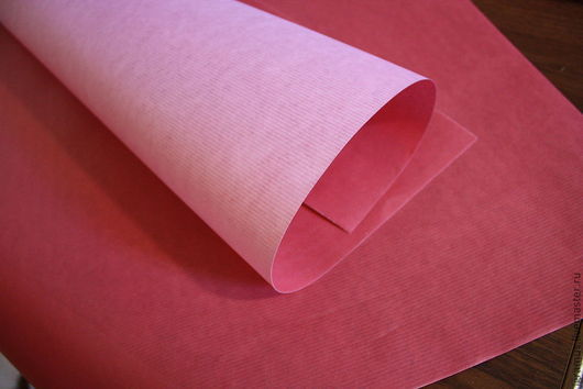 Упаковка ручной работы. Ярмарка Мастеров - ручная работа. Купить Крафт бумага цветная (двуцветная), подарочная. Handmade. Фуксия