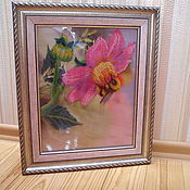 "Картины и панно handmade. Livemaster - original item Picture beads ""bee on dahlias"". Handmade."