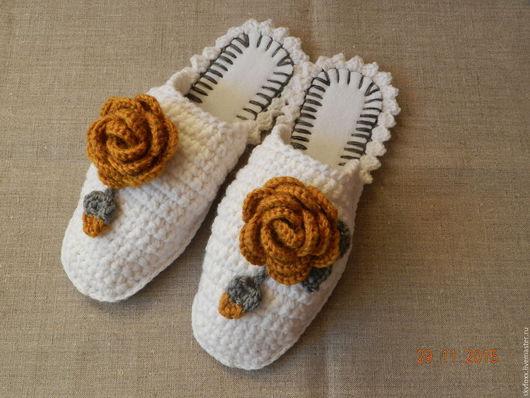 """Обувь ручной работы. Ярмарка Мастеров - ручная работа. Купить """"Горчичные Розы"""" тапочки (подошва валяная). Handmade. Серый, персиковый"""