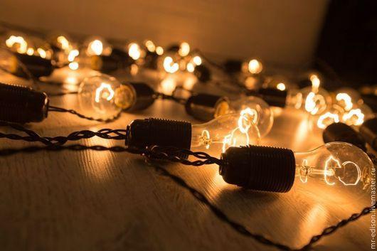 Ретро гирлянды Эдисон с лампами накаливания. Также Гирлянды Франклин со светодиодными лампами. Использовать в хорошую погоду и в помещениях.