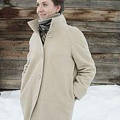 Одежда ручной работы. Ярмарка Мастеров - ручная работа Светло-бежевое зимнее пальто с воротником-стойкой и манжетами. Handmade.