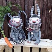 Куклы и игрушки ручной работы. Ярмарка Мастеров - ручная работа Зайцы. Серенькие. Handmade.
