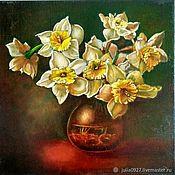 Картины и панно handmade. Livemaster - original item Oil painting Daffodils bouquet in vase on dark background photorealism. Handmade.