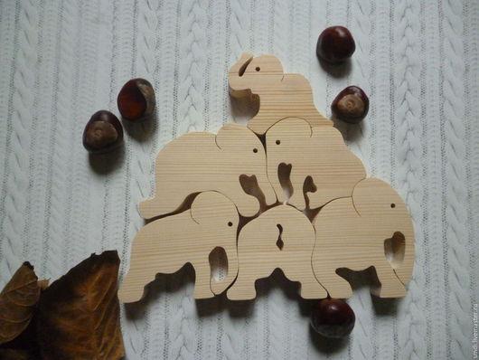 Статуэтки ручной работы. Ярмарка Мастеров - ручная работа. Купить Слоны акробаты, деревянный пазл. Handmade. Бежевый, деревянный, слоны