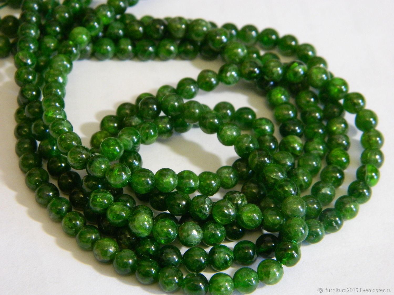 The chrome diopside Yakutsk emerald. Thread, Beads1, Saratov,  Фото №1