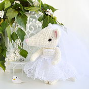 Куклы и игрушки handmade. Livemaster - original item Rat bride with veil knitted toy. Handmade.