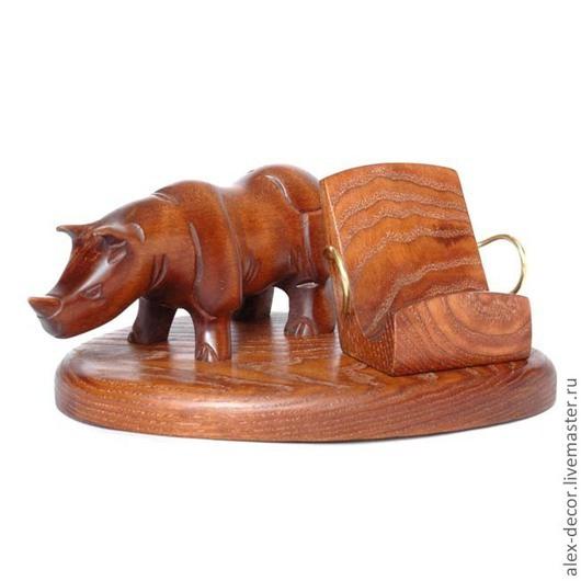 Подарки для мужчин, ручной работы. Ярмарка Мастеров - ручная работа. Купить Подставка под смартфон Rhino. Handmade. Коричневый