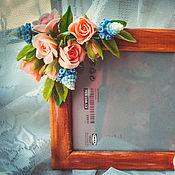 Цветы и флористика ручной работы. Ярмарка Мастеров - ручная работа Цветочные фоторамка из холодного фарфора. Handmade.