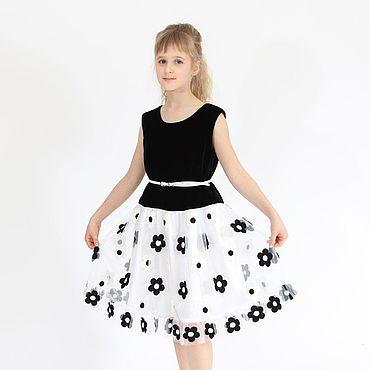 Работы для детей, ручной работы. Ярмарка Мастеров - ручная работа Черно-белое нарядное платье для девочки из бархата и сетки с вышивкой. Handmade.