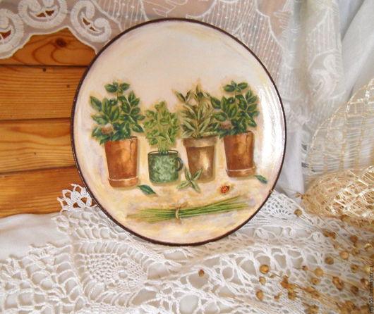 Натюрморт ручной работы. Ярмарка Мастеров - ручная работа. Купить декоративная тарелка Душистые травы. Handmade. Тарелка декоративная, прованс