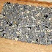 Для дома и интерьера ручной работы. Ярмарка Мастеров - ручная работа коврик из  маленьких валяных камней. Handmade.