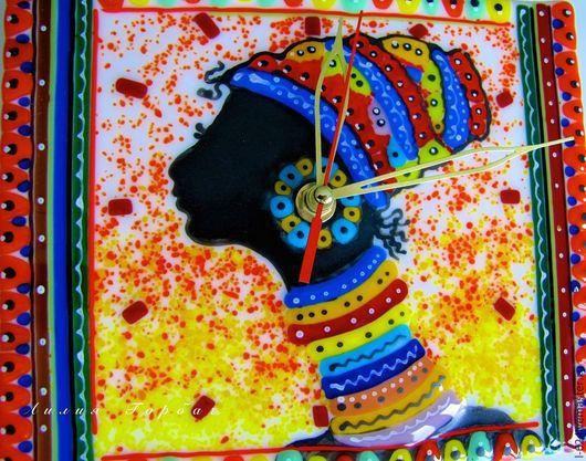 Часы для дома ручной работы. Ярмарка Мастеров - ручная работа. Купить часы из стекла, фьюзинг  Африканка. Handmade. Разноцветный, африка