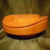 Материалы для творчества handmade. Livemaster - original item BOX FOR WOMEN`S HATS. Handmade.
