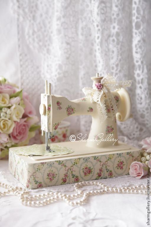 """Детская ручной работы. Ярмарка Мастеров - ручная работа. Купить Швейная машинка - """"Vanilla"""". Винтаж.. Handmade. Винтаж, витрина магазина"""