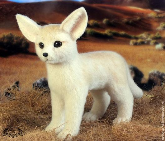 Игрушки животные, ручной работы. Ярмарка Мастеров - ручная работа. Купить Фенек - пустынный лисенок (игрушка из войлока, валяние). Handmade.