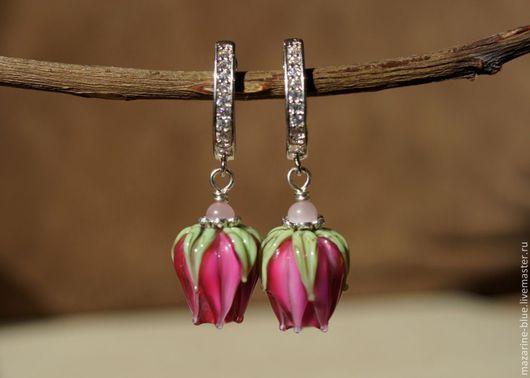 """Серьги ручной работы. Ярмарка Мастеров - ручная работа. Купить """"Роза фуксия"""" серьги бутоны лэмпворк. Handmade. Розовый, цветы"""