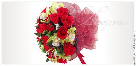 Персональные подарки ручной работы. Ярмарка Мастеров - ручная работа. Купить Букет из конфет Розы и орхидеи. Handmade. Ярко-красный