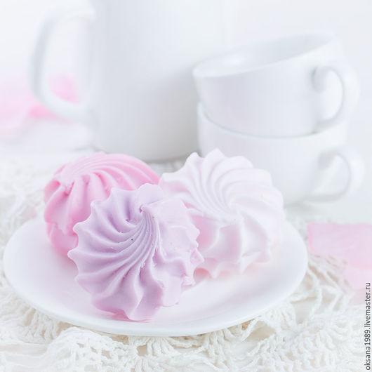 """Мыло ручной работы. Ярмарка Мастеров - ручная работа. Купить Мыло """"Зефир"""". Handmade. Бледно-розовый, сувенирное мыло, клубника"""